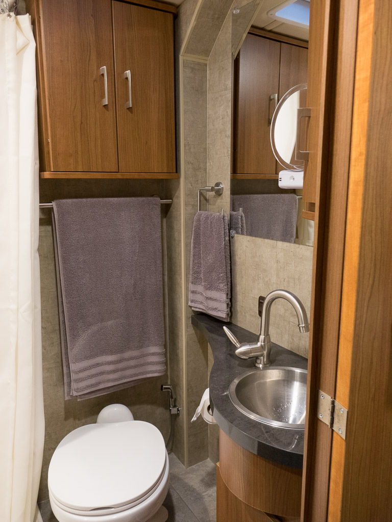 Rv bathroom sink
